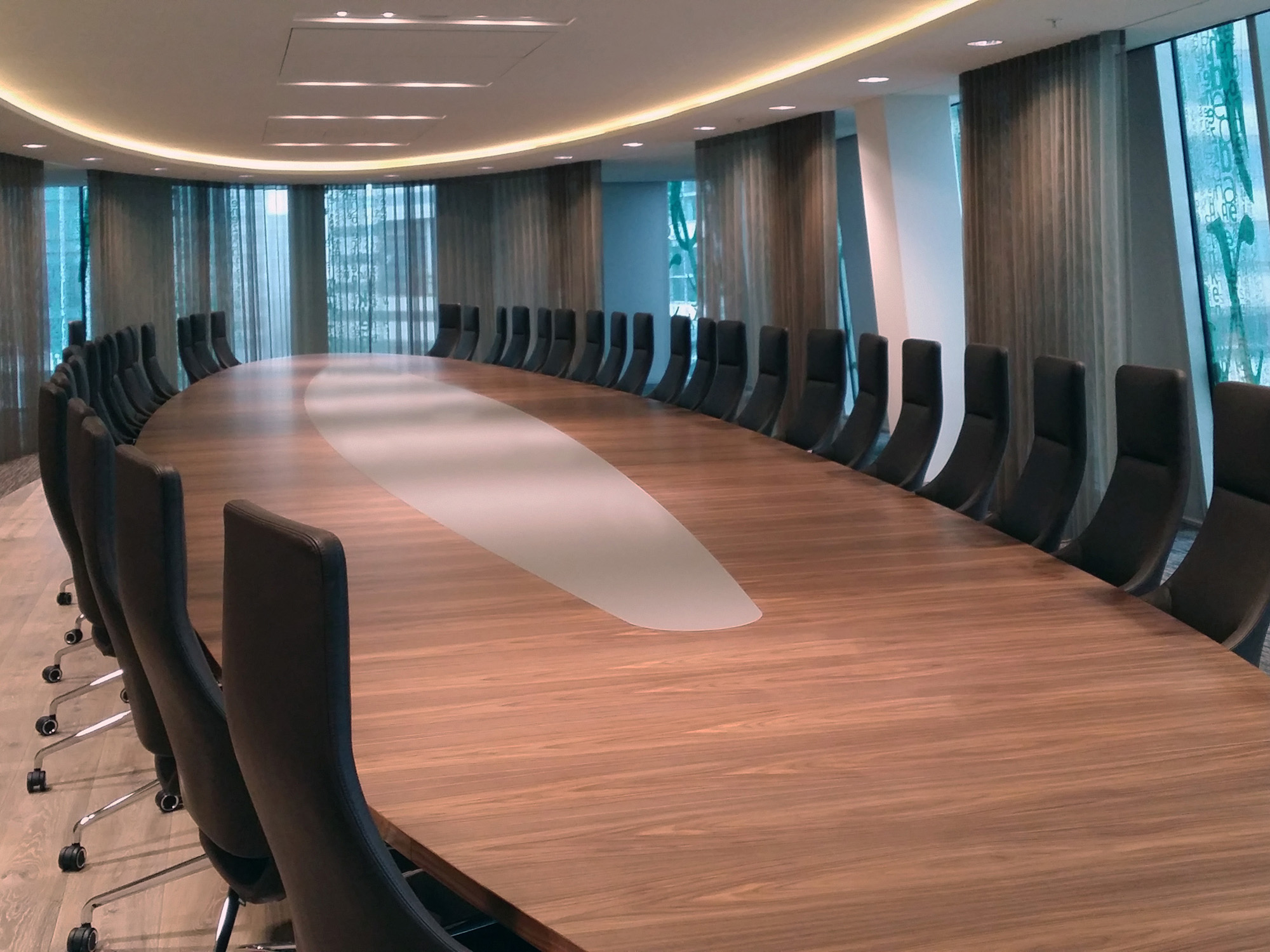 Maatwerk Castelijn boardroomtafel