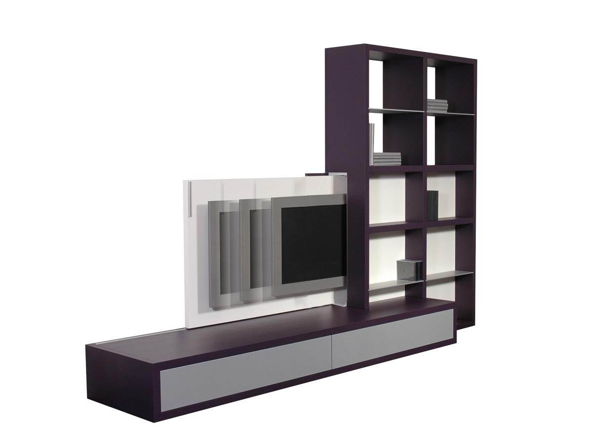 GROOVE met TV-schuif, ontwerp door Coen Castelijn