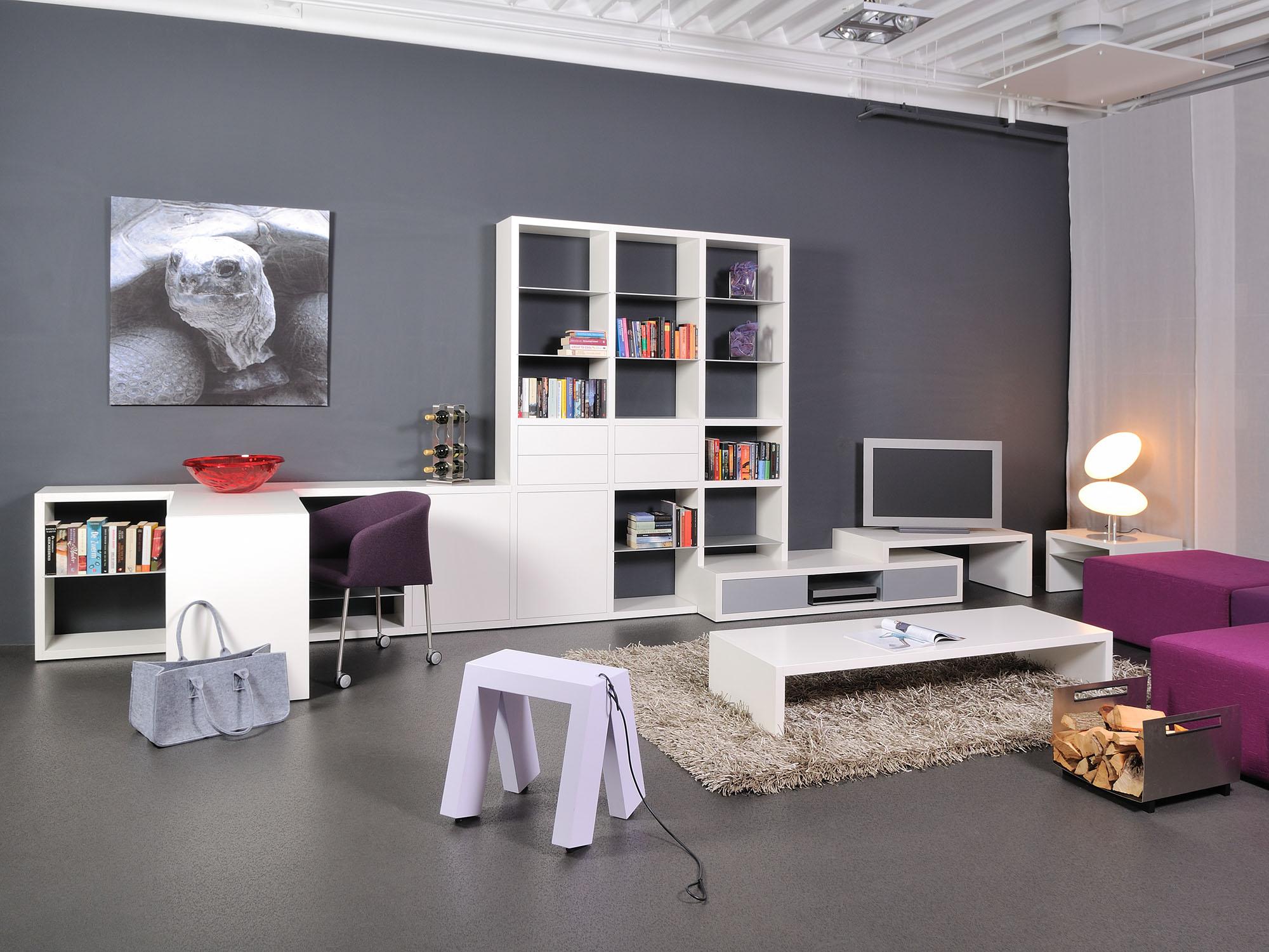 GROOVE-combinatie en LV-salontafel, ontwerp door Coen Castelijn en Marieke Castelijn