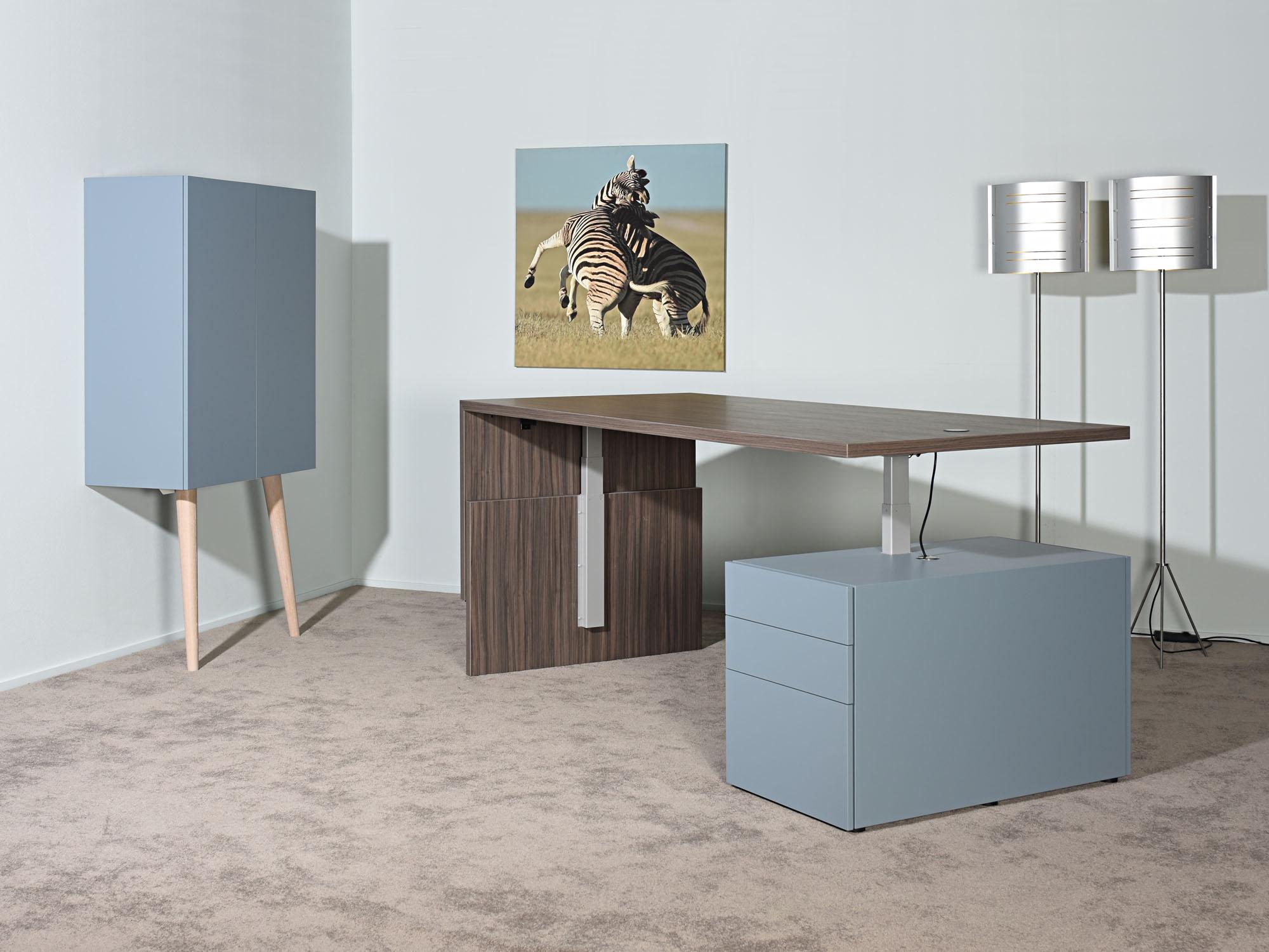 RP-leunkast en LVV-zitsta bureau, ontwerp door Castelijn Team