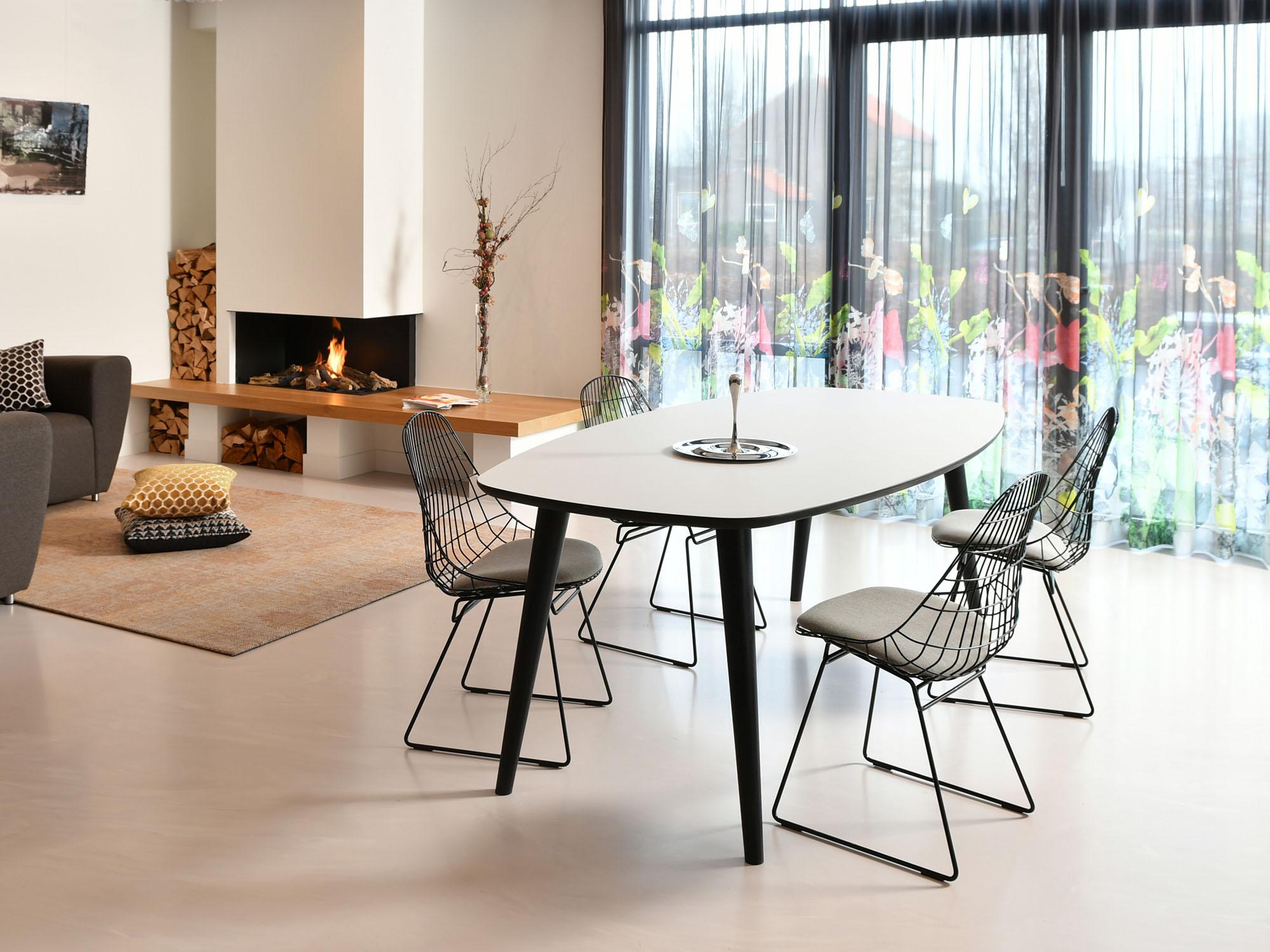 RP-tafel, ontwerp door Coen Castelijn
