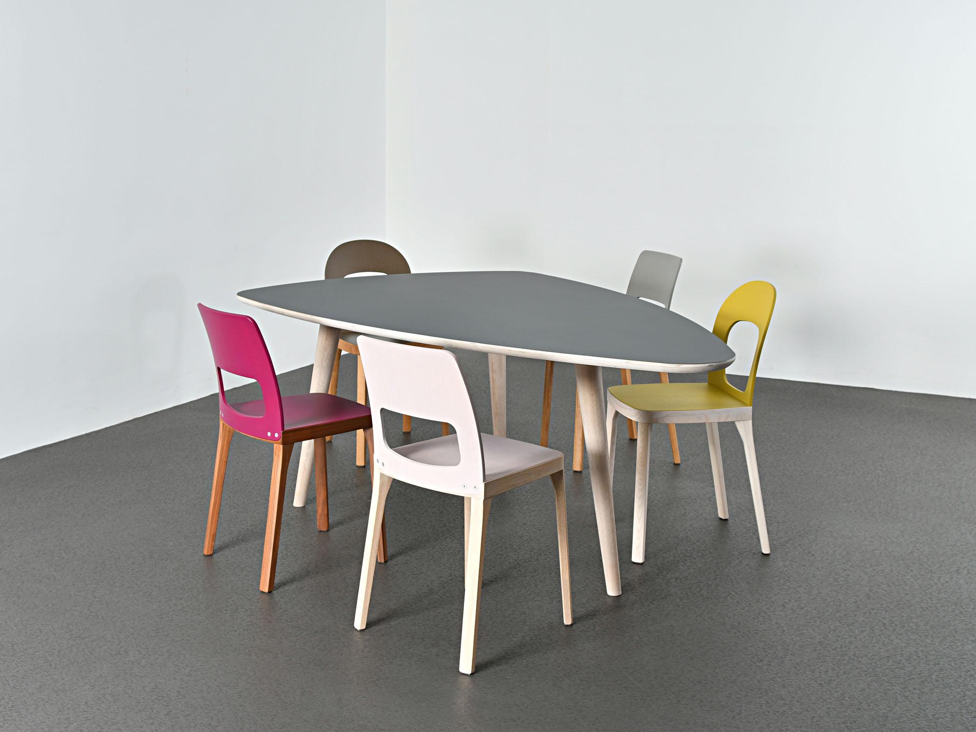 RP, ontwerp door Coen Castelijn