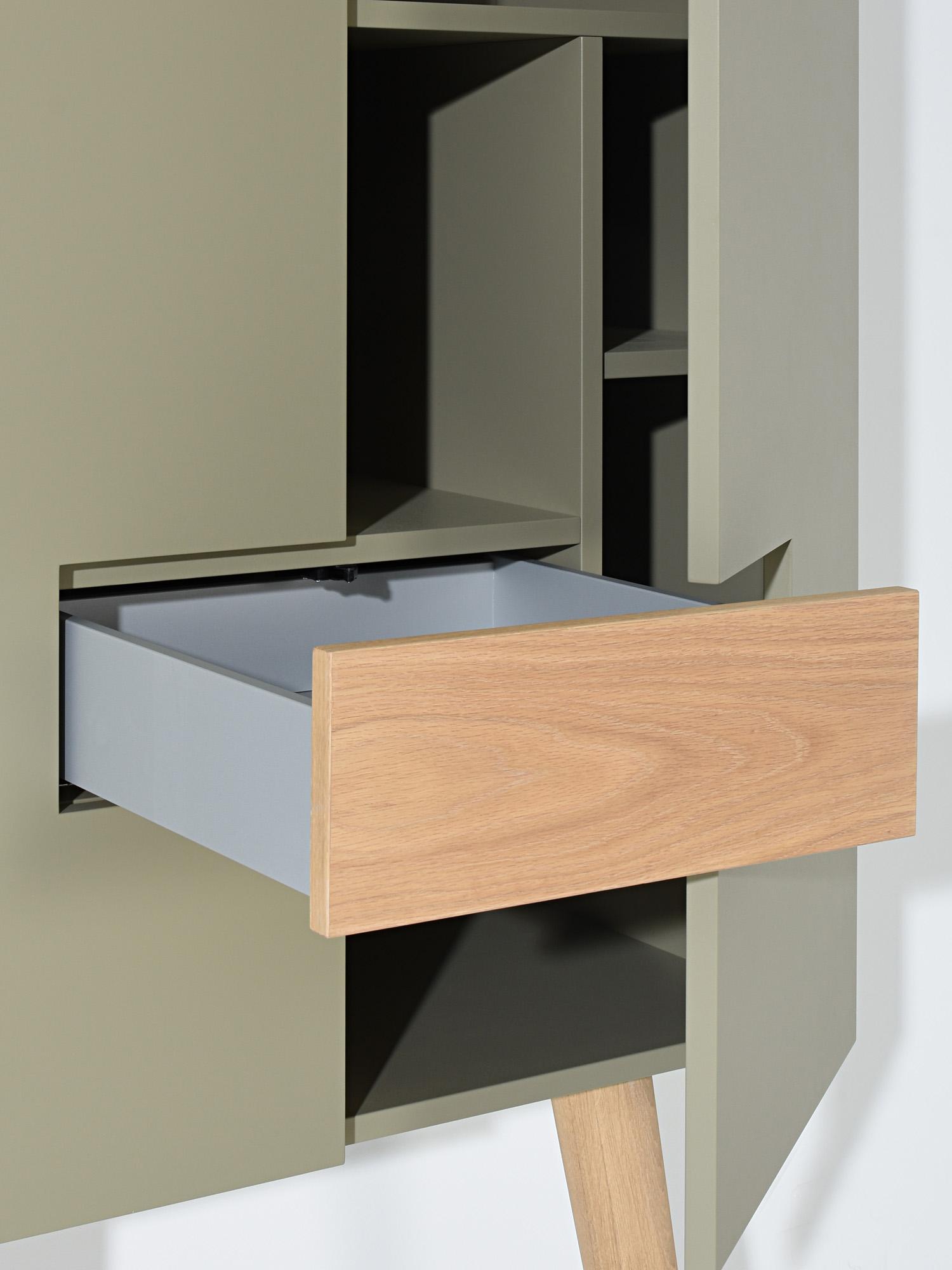 RP-Leunkast, ontwerp door Coen Castelijn