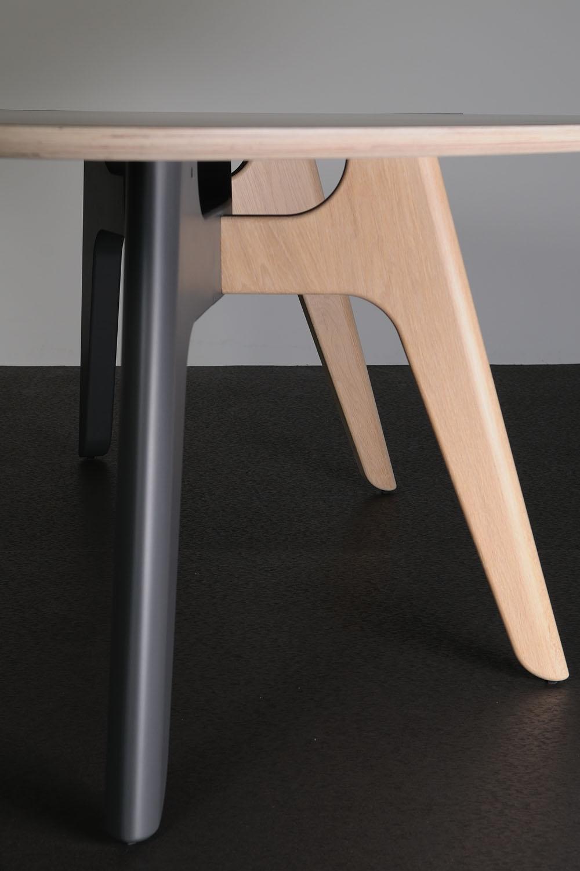 FOLIANT-tafel, ontwerp door Dick Spierenburg