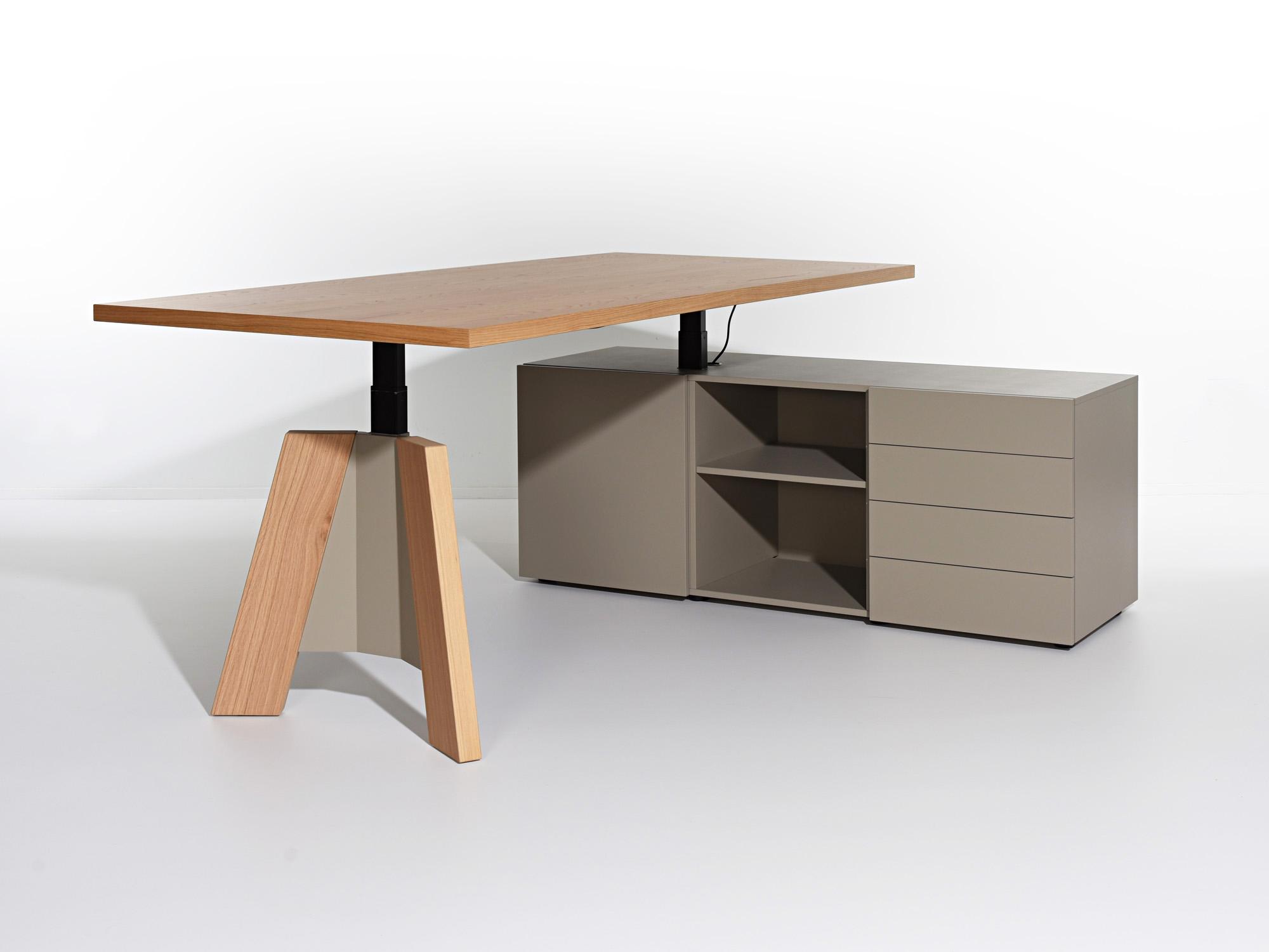 TSP-zitsta met sideboard, ontwerp door Castelijn Team