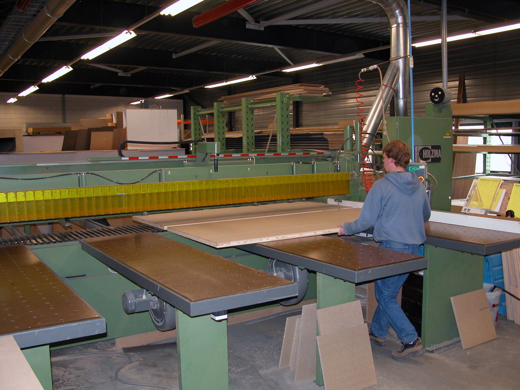 Voorzagen in de fabriek van Castelijn